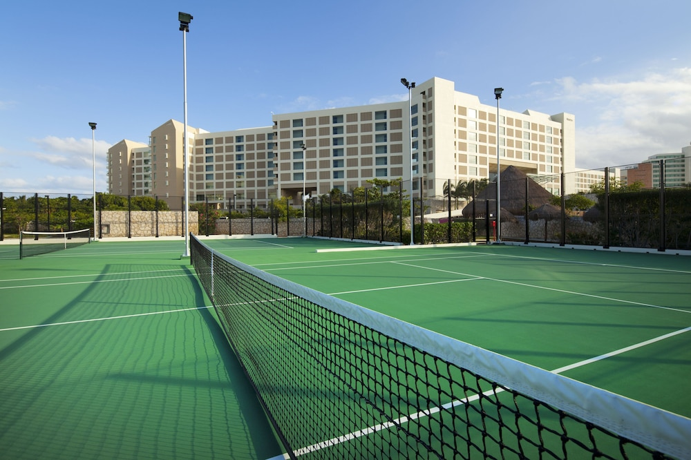 Sport Court, The Westin Lagunamar Ocean Resort Villas & Spa, Cancun
