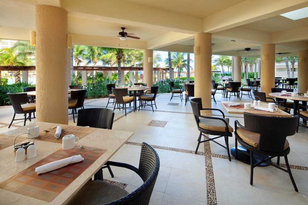 Breakfast buffet, The Westin Lagunamar Ocean Resort Villas & Spa, Cancun