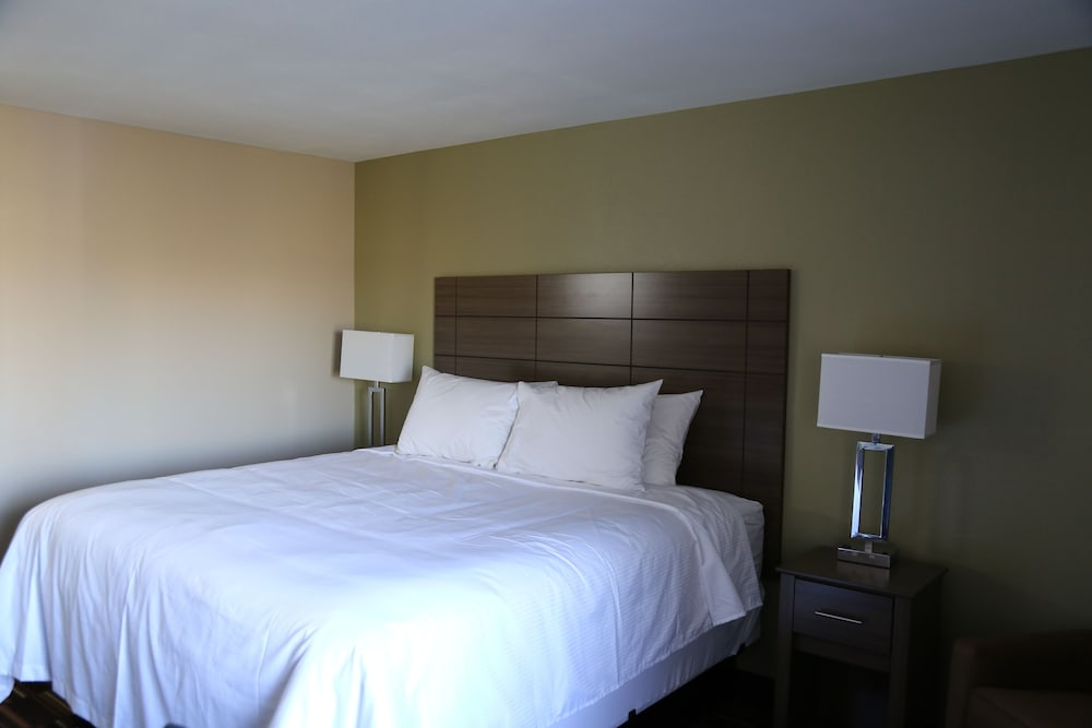 Room, Baymont by Wyndham Plano