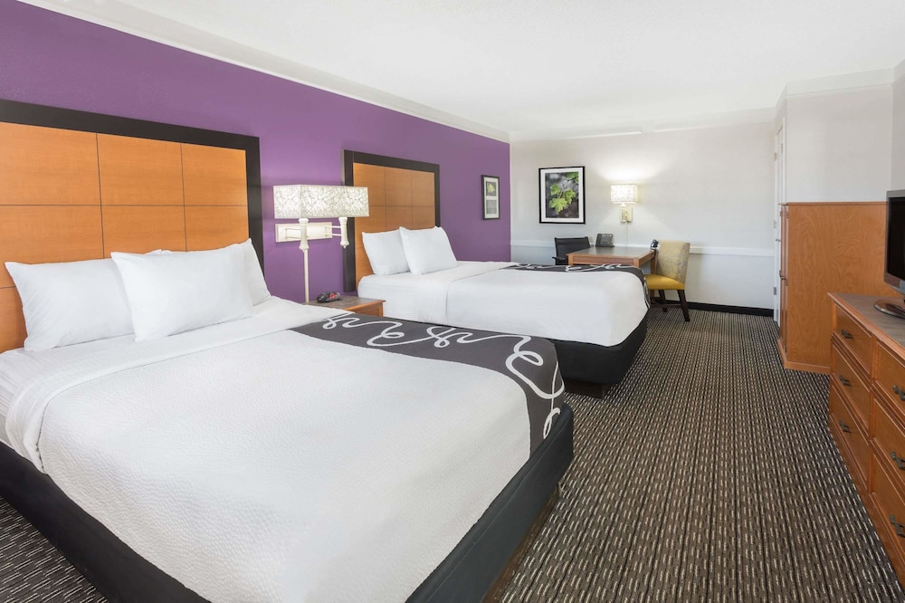 Room, Baymont by Wyndham Greenville Woodruff Rd