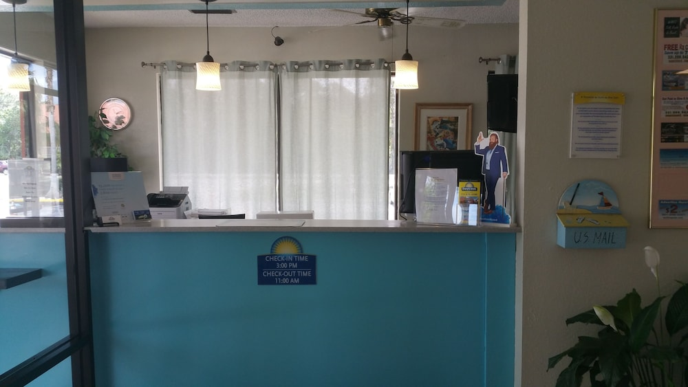 Check-in/Check-out Kiosk, Days Inn by Wyndham Cocoa Cruiseport West At I-95/524