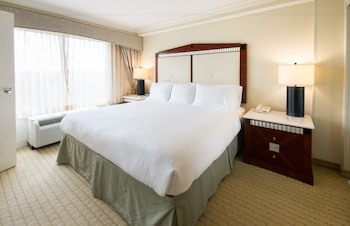 Premier Room, 1 King Bed - Featured Image