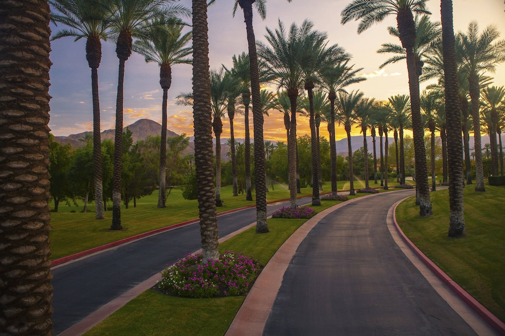 Renaissance Indian Wells Resort & Spa in Palm Springs, CA