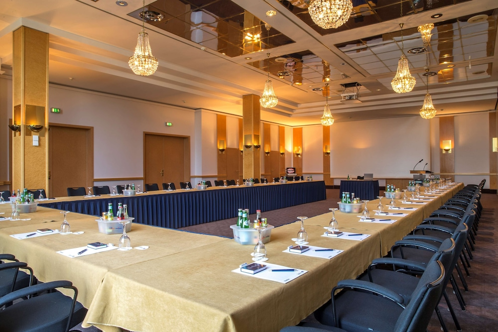 Meeting Facility, Radisson Blu Senator Hotel