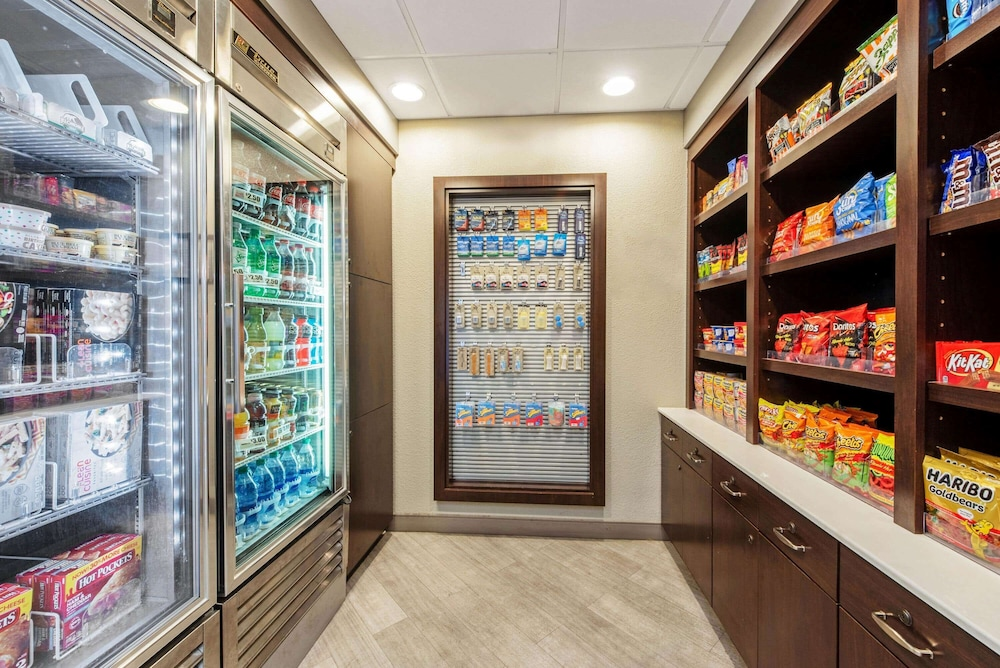 Property Amenity, La Quinta Inn & Suites by Wyndham New Orleans Airport