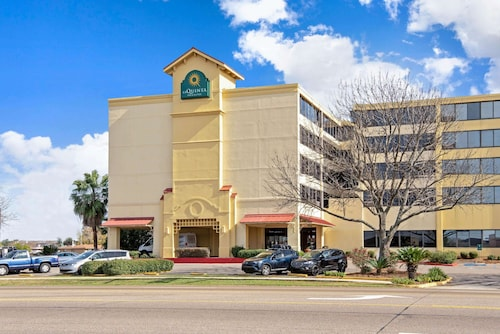La Quinta Inn & Suites by Wyndham New Orleans Airport