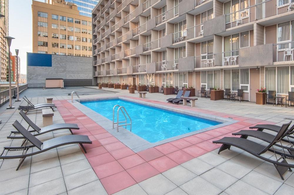Ramada Plaza Calgary Downtown Deals Reviews Calgary Can Wotif