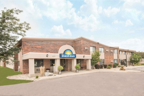 Check Expedia for Availability of Days Inn by Wyndham Sioux Falls Airport