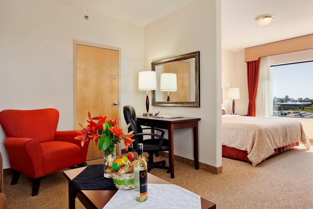 travelodge by wyndham saskatoon saskatoon room prices reviews