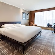 Radisson Blu Edwardian Heathrow Hotel & Conference Centre, London