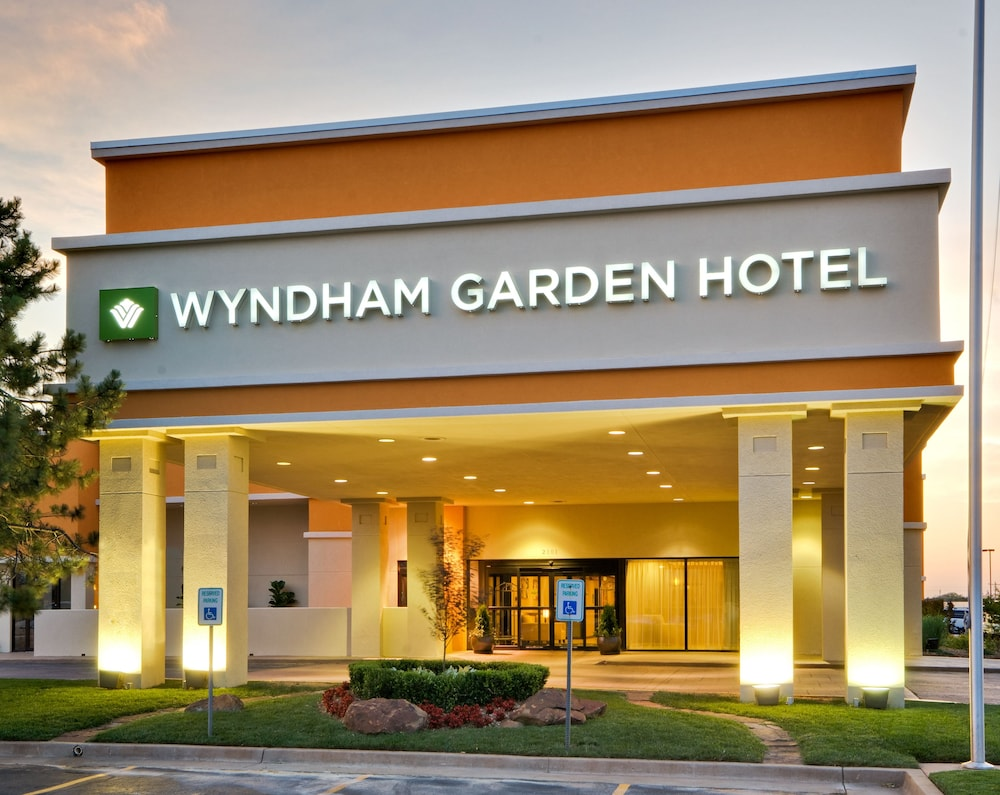 Wyndham garden oklahoma city in oklahoma city hotel rates reviews on orbitz for Wyndham garden oklahoma city airport
