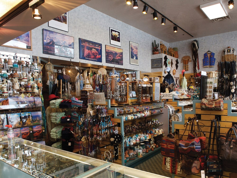 Gift Shop, Grand Canyon Plaza Hotel