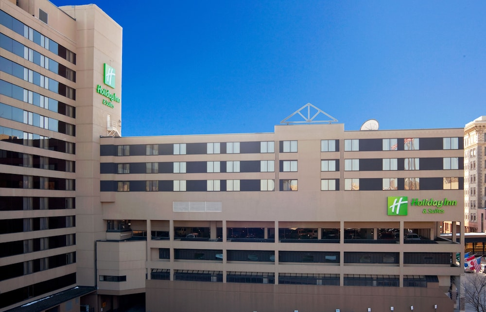 Exterior, Holiday Inn & Suites Duluth Downtown