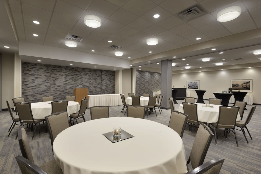 Meeting Facility, Holiday Inn & Suites Duluth Downtown