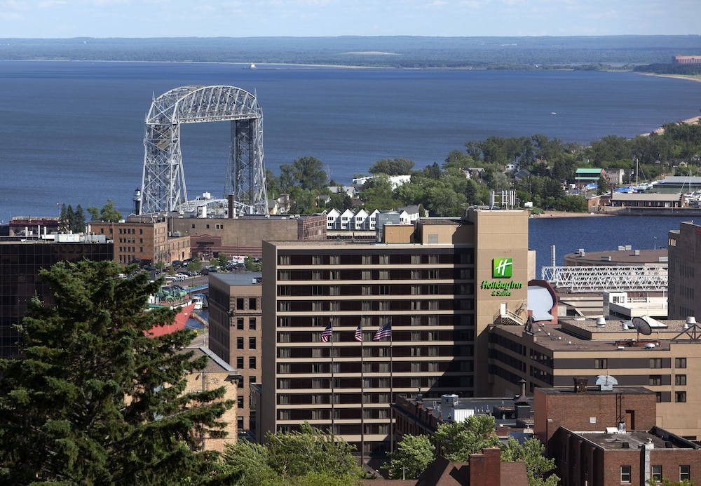 Water view, Holiday Inn & Suites Duluth Downtown