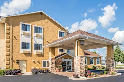 Great Place to stay Comfort Inn near Ottawa