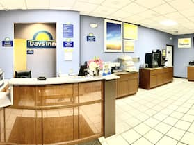 Days Inn by Wyndham Salina South