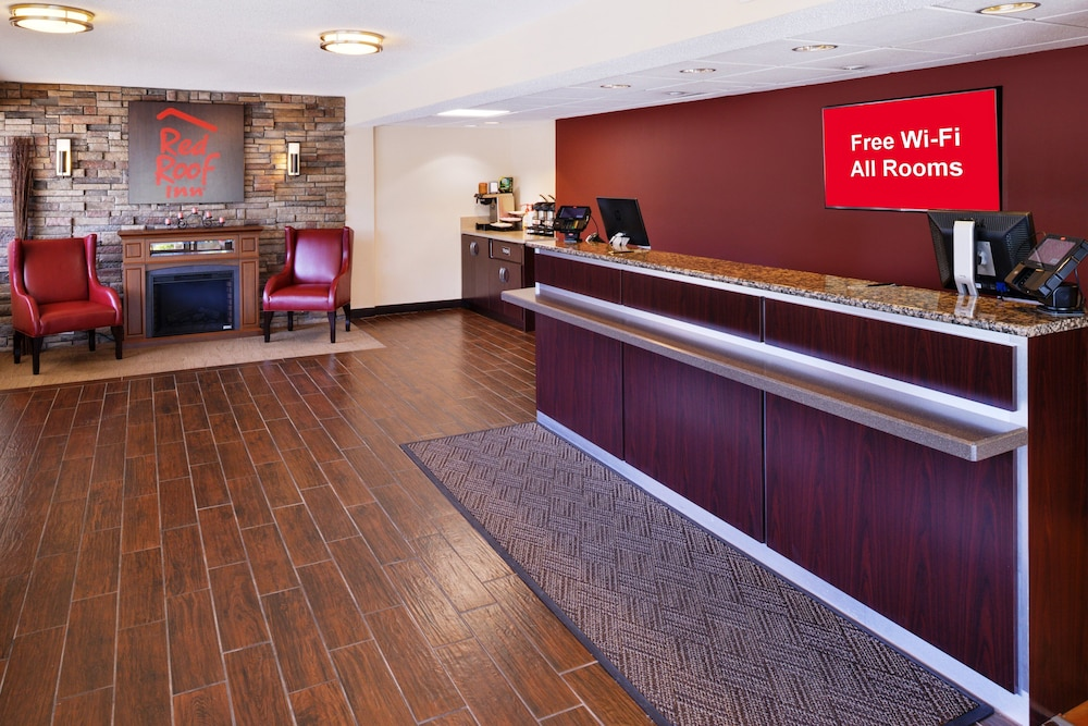 Lobby, Red Roof Inn Chicago - Northbrook/Deerfield