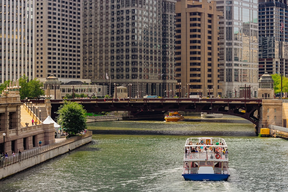 Boating, Hilton Chicago