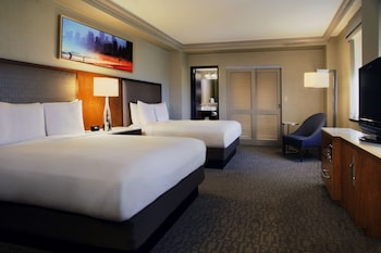 Executive Room, 2 Double Beds - Guestroom
