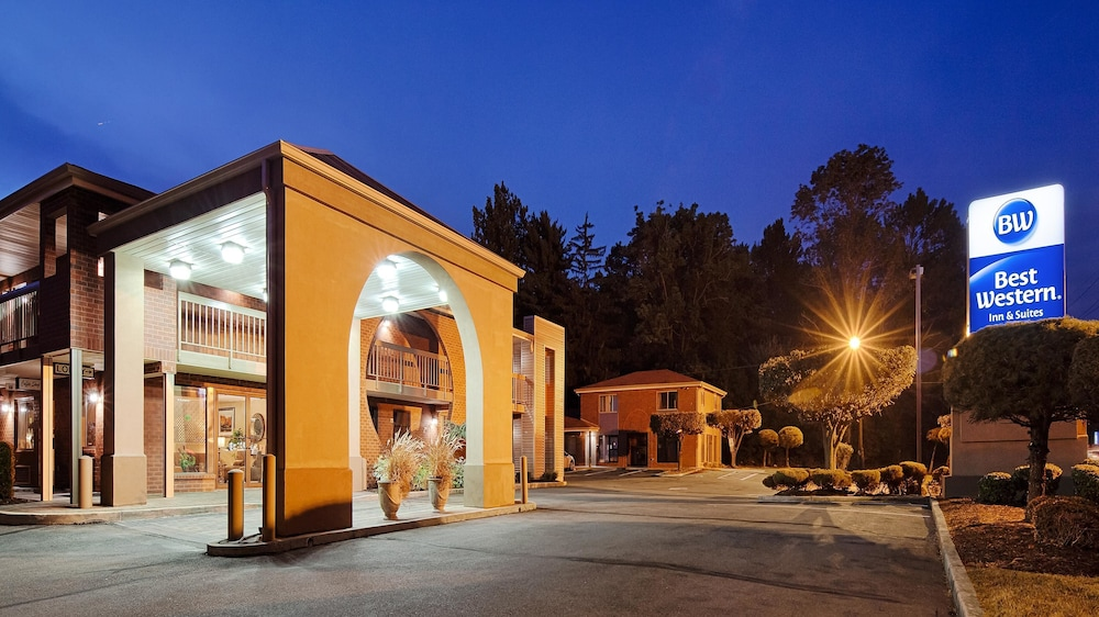 Front of Property - Evening/Night, Best Western Princeton Manor Inn & Suites