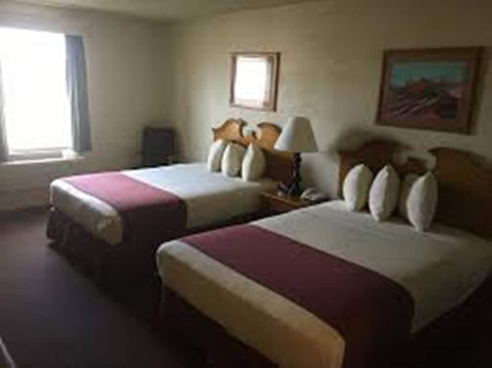 Room, Territorial Inn-Guthrie