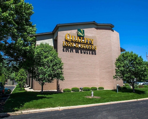 Check Expedia for Availability of Quality Inn Peoria