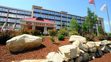 Crowne Plaza Cleveland Airport, an IHG Hotel