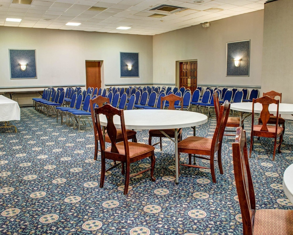 Meeting Facility, Quality Inn North