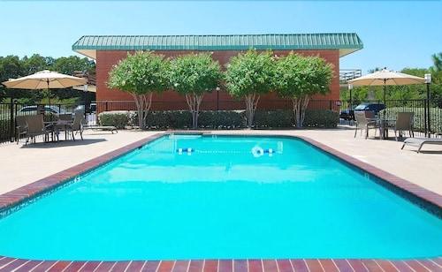 Atoka Hotels View 28 Cheap Hotel Deals Travelocity