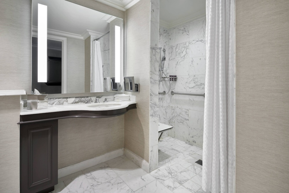 Bathroom, The Ritz-Carlton, Tysons Corner