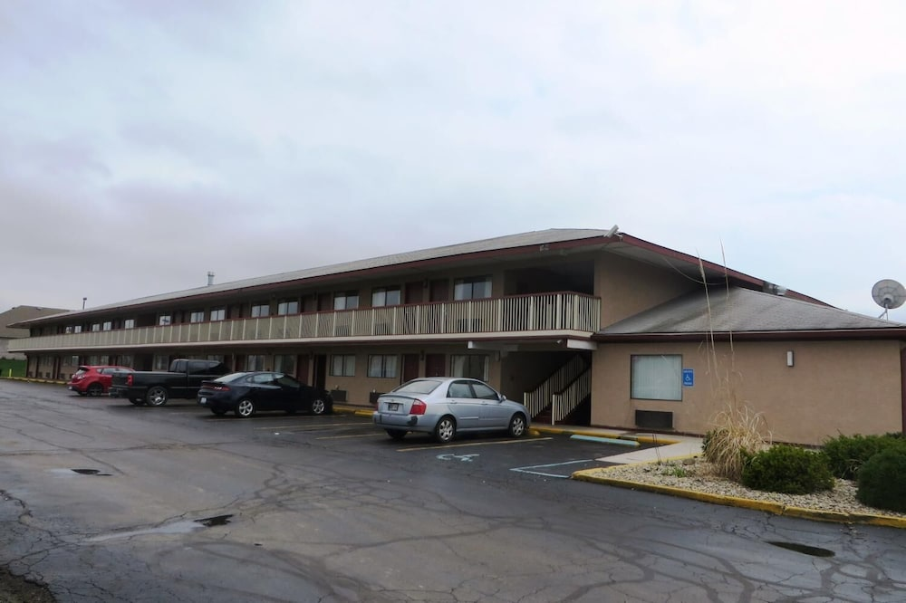 Exterior, Days Inn by Wyndham Plainfield
