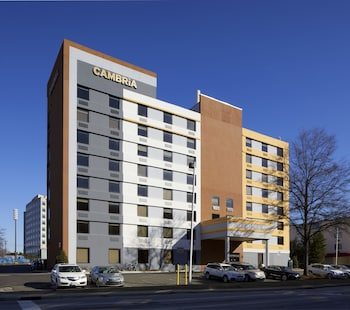 Cambria Hotel & Suites Durham - Near Duke University