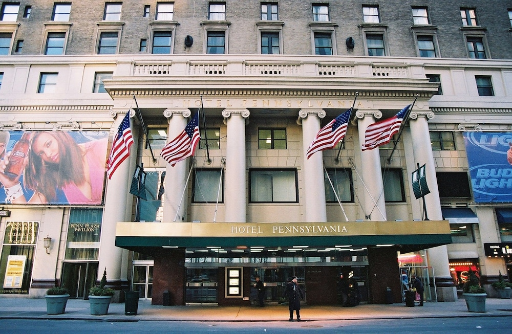 Hotel pennsylvania reviews photos rates for New york hotels