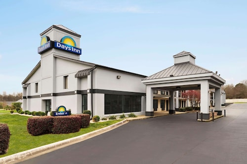 Days Inn by Wyndham Rock Hill