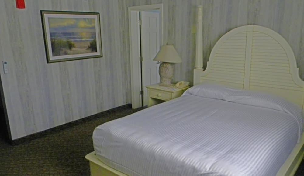 Room, Cape Codder Resort and Spa