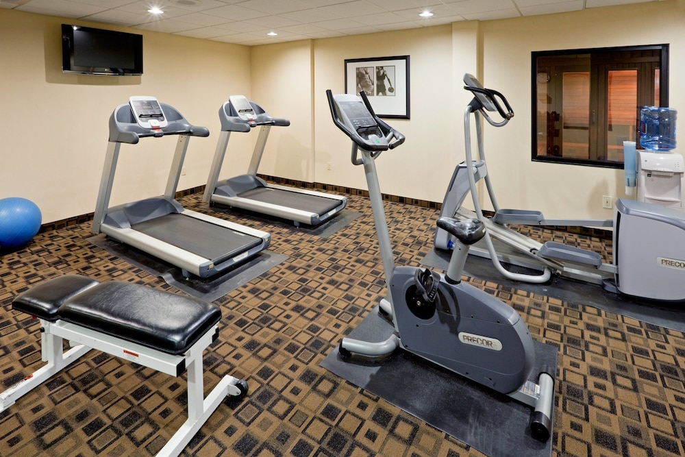 Fitness Facility, Holiday Inn South Plainfield-Piscataway, an IHG Hotel