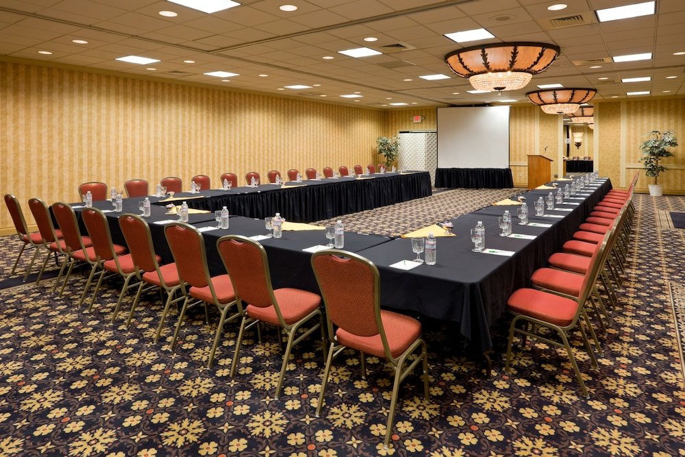 Meeting Facility, Holiday Inn South Plainfield-Piscataway, an IHG Hotel