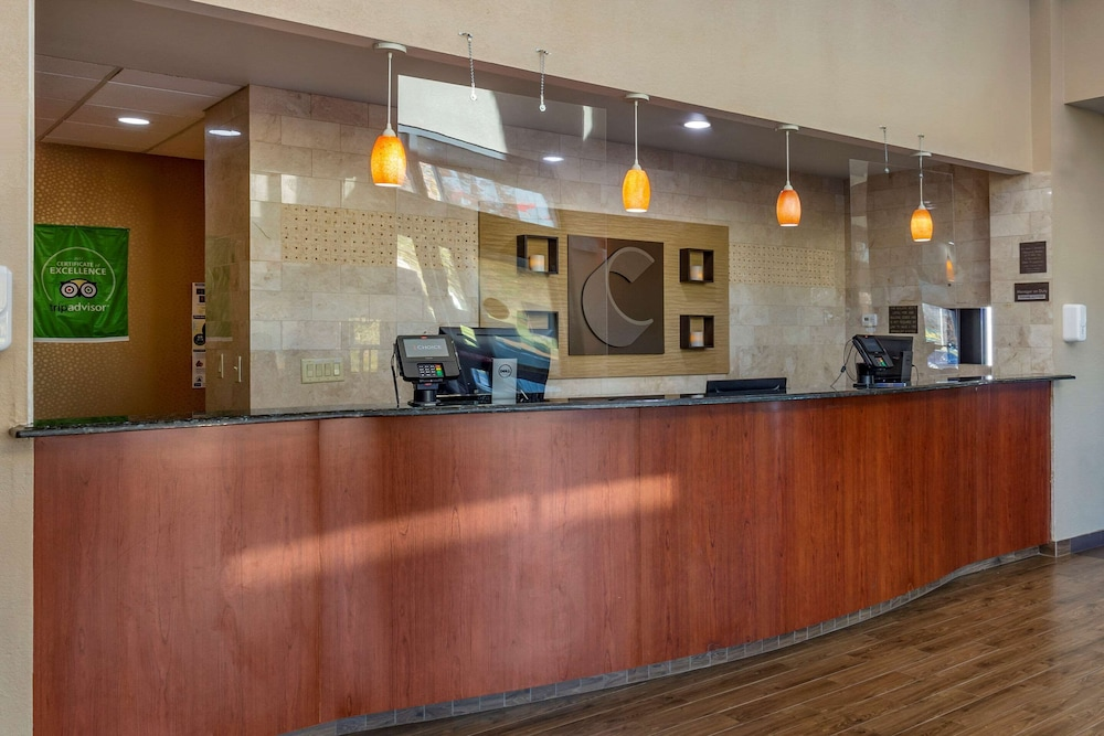 Featured Image, Comfort Inn At the Park
