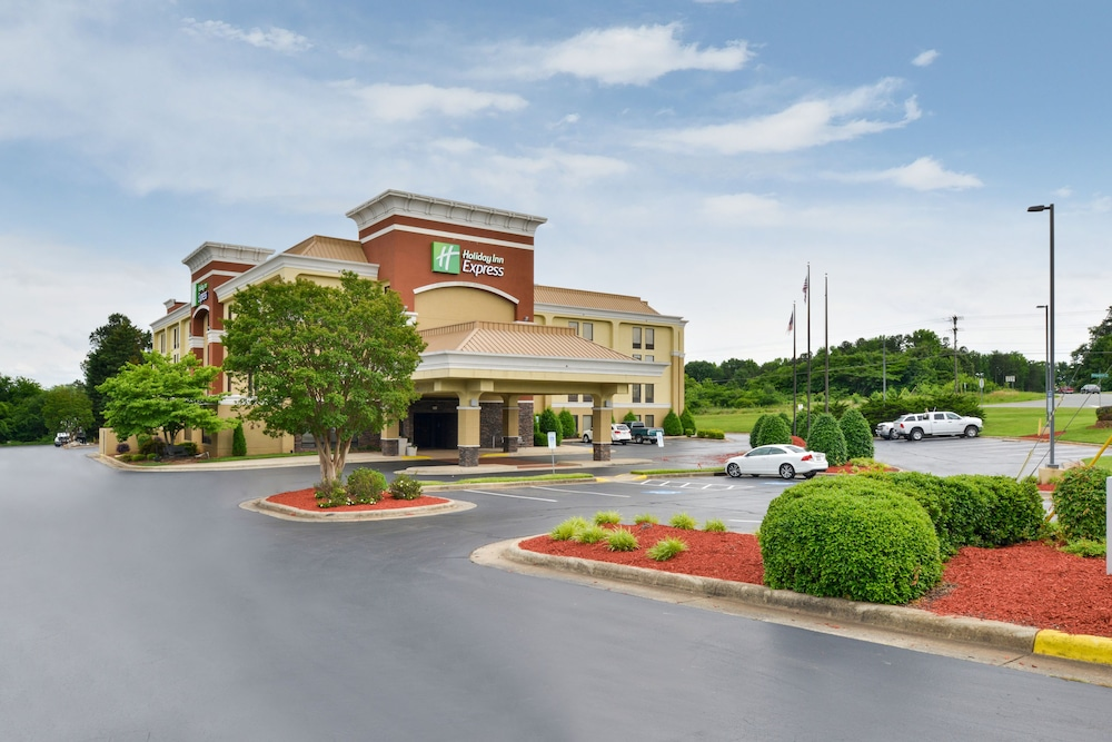 Featured Image, Holiday Inn Express Burlington, an IHG Hotel