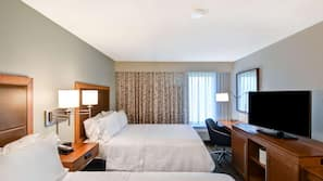 Premium bedding, in-room safe, laptop workspace, blackout drapes