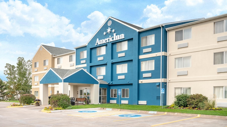 AmericInn by Wyndham Duluth
