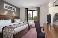 Standard Twin Room (1 Double & 1 Single bed)