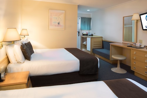 Hospitality Geraldton, SureStay Collection by Best Western