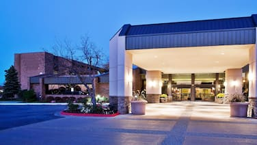 The Plaza Grand Rapids Airport Hotel & Conference Center