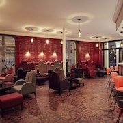 Bar-salon de l'hôtel