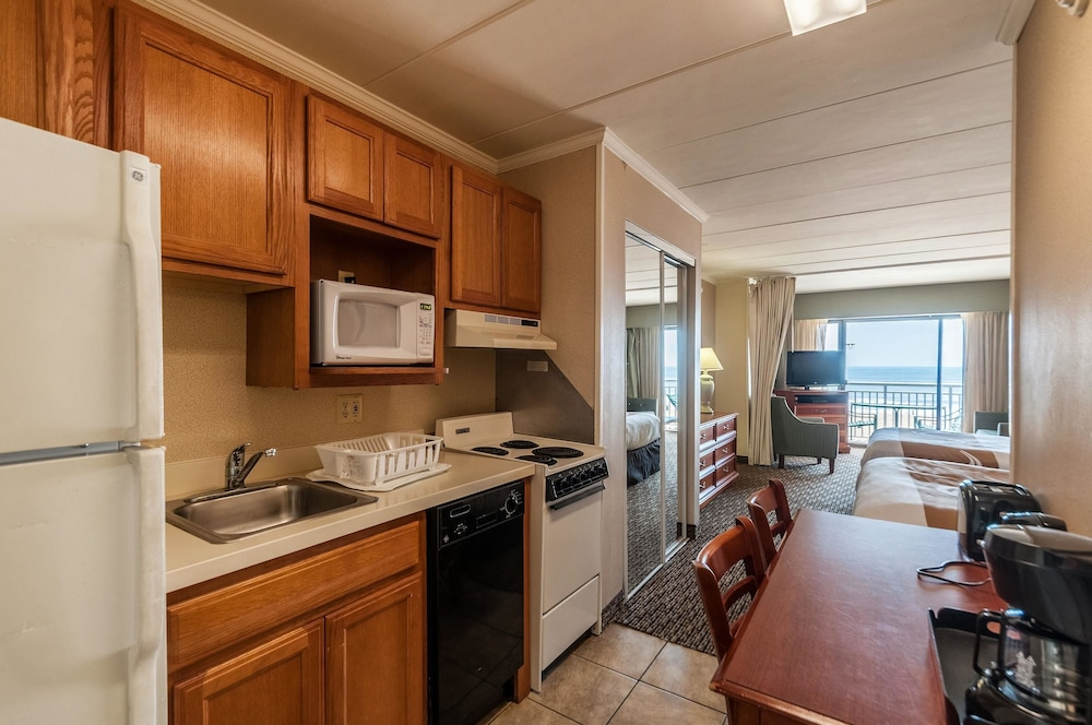 Private Kitchen, Quality Inn Boardwalk