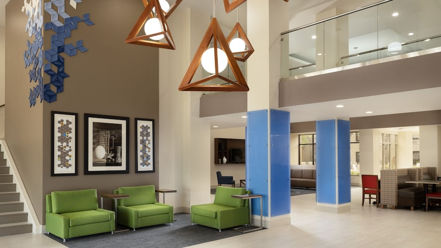 Holiday Inn Express & Suites Irving Dfw Airport North, an IHG Hotel
