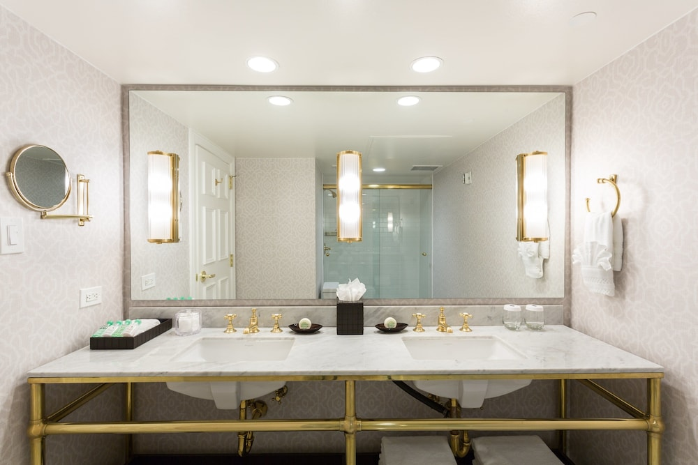 Bathroom, The Lancaster Hotel