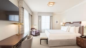 Premium bedding, pillowtop beds, free minibar, in-room safe